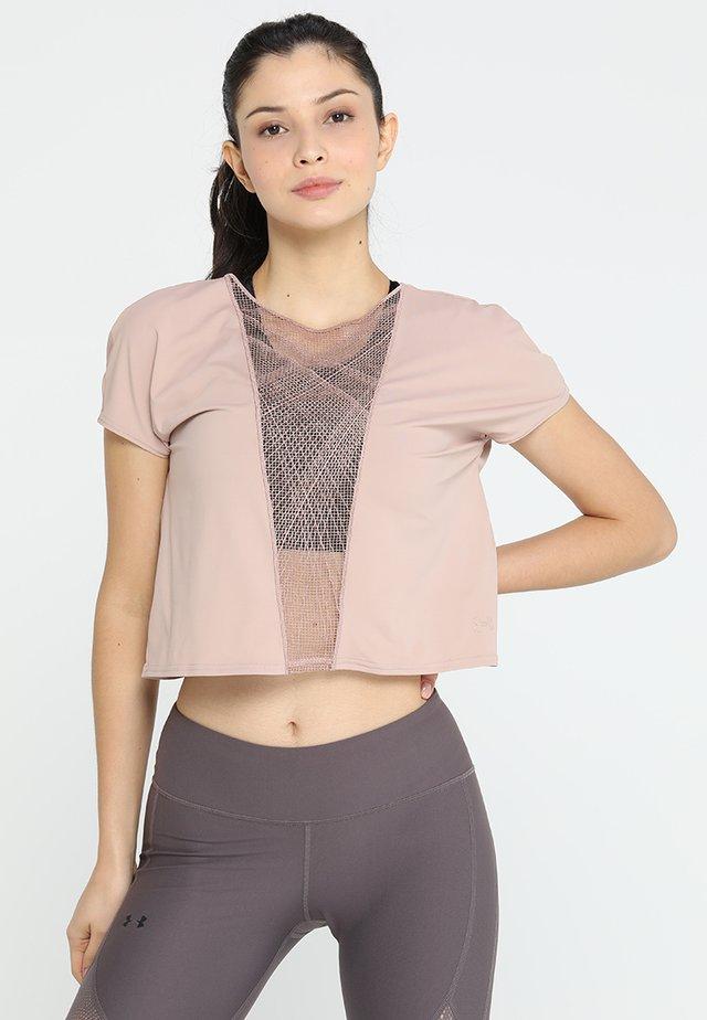 MISTY SIGNATURE EMBROIDERY TEE - Jednoduché triko - bashful pink/tonal