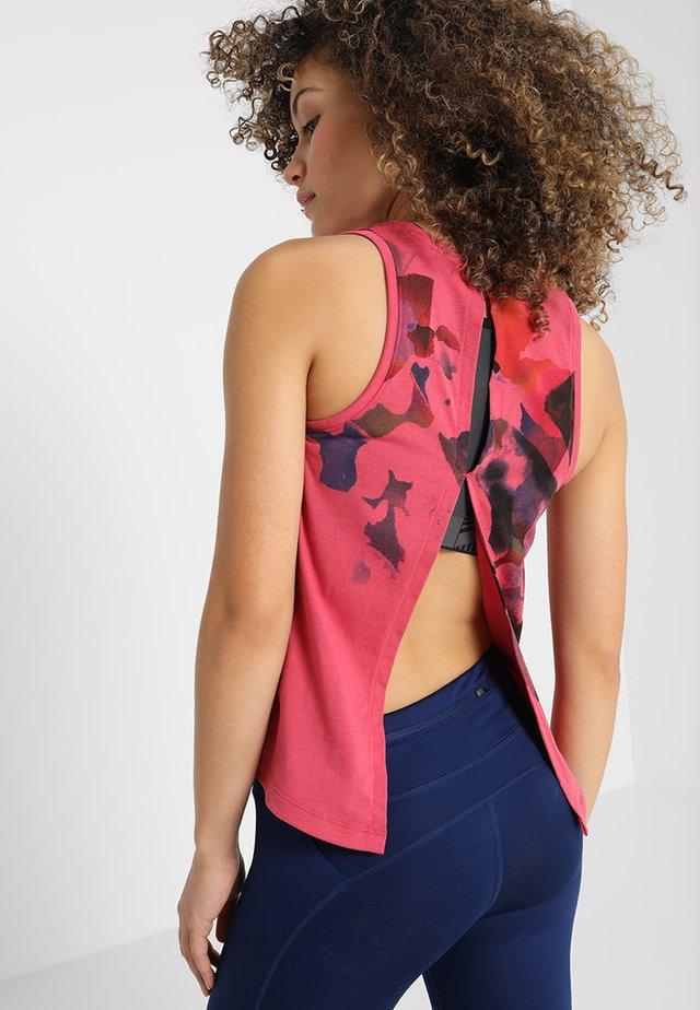 RUN TIE BACK TANK - Funkční triko - impulse pink