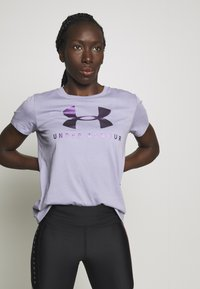Under Armour - GRAPHIC SPORTSTYLE CLASSIC CREW - Printtipaita - level purple - 0