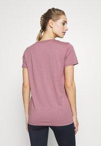 Under Armour - GRAPHIC SPORTSTYLE CLASSIC CREW - T-shirt imprimé - pink fog - 2