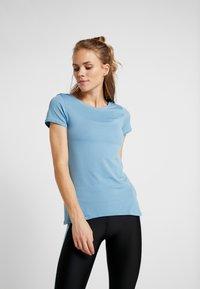 Under Armour - T-shirts - blu - 0