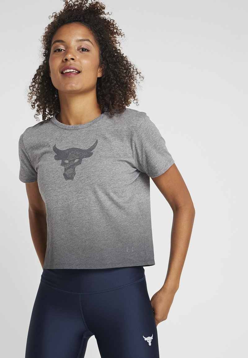 Under Armour - THE ROCK BULL GRAPHIC TEE - T-Shirt print - jet gray light heather/steel