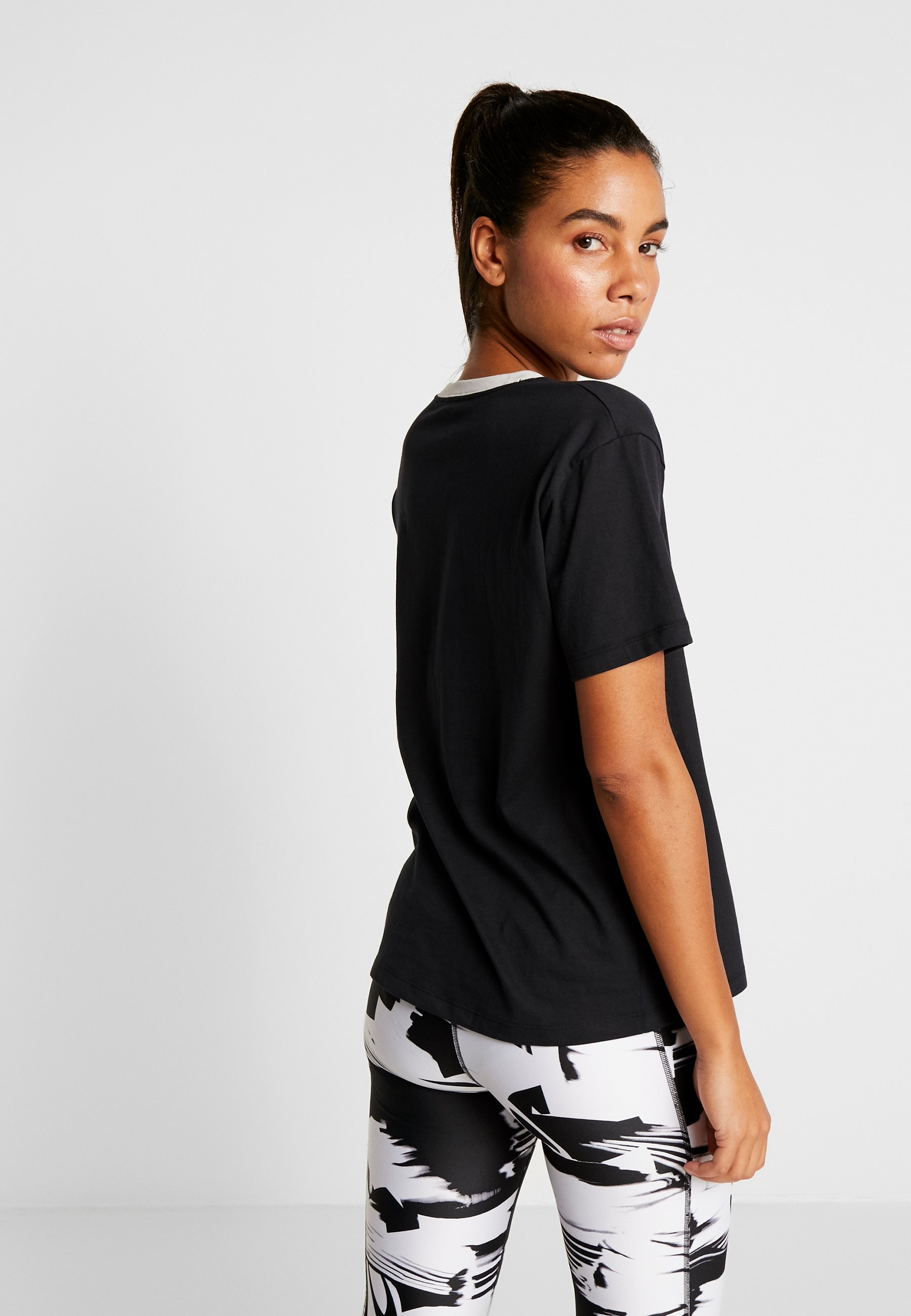 Under Armour Project Rock Mahalo - T-shirt Med Print Black/summit White