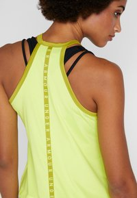 Under Armour - SPORT TANK - T-shirt sportiva - x-ray/hushed green - 4