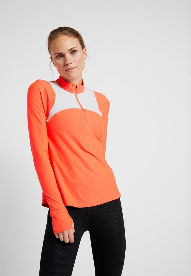QUALIFIER HALF ZIP - T-shirt sportiva - coralle