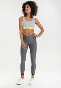 Under Armour - ANKLE CROP - Tights - charcoal light heath - 1