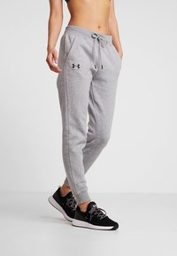 Under Armour - RIVAL SPORTSTYLE GRAPHIC PANT - Teplákové kalhoty - steel medium heather - 0
