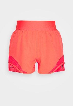 PROJECT ROCK TRAIN SHORTS - Sports shorts - rush red/black