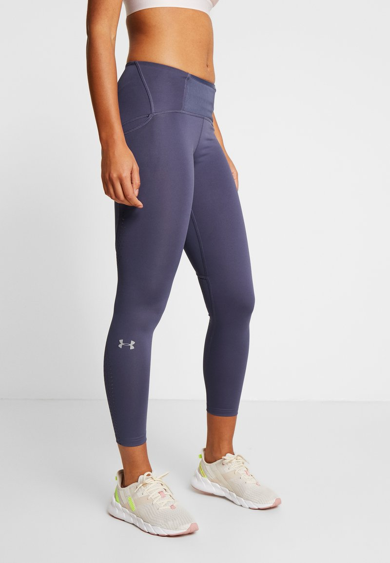 Under Armour - QUALIFIER SPEEDPOCKET PERFORATED ANKLE CROP - Leggings - blue ink