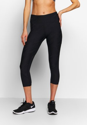 FLY FAST CROP - 3/4 sports trousers - black