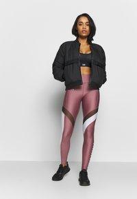 Under Armour - SPORT LEGGINGS - Punčochy - hushed pink/white/metallic silver - 1