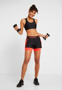 Under Armour - PLAY UP SHORTS - Pantalón corto de deporte - black - 1