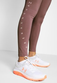 Under Armour - FAVORITE GRAPHIC LEGGING - Legging - hushed pink/dash pink - 3