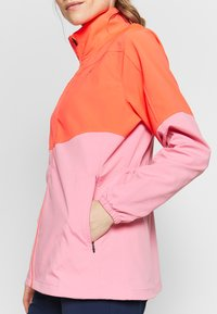 Under Armour - UA WINDSTRIKE FULL ZIP - Waterproof jacket - beta/lipstick - 5