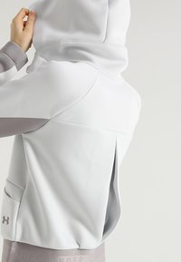 Under Armour - MOVE - Hoodie met rits - white - 5