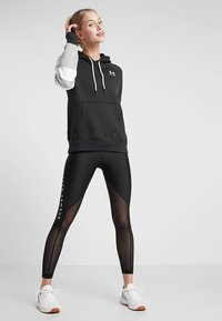 Under Armour - RIVAL LOGO HOODIE NOVELTY - Hoodie - black/onyx white - 1