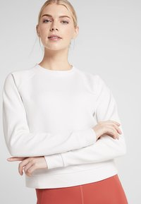Under Armour - RECOVERY SCRIPT CREW - Sweatshirt - onyx white - 3