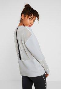 Under Armour - MOVE CREW  - Sweatshirt - onyx white/black - 2