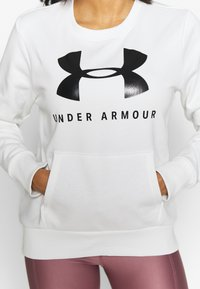 Under Armour - RIVAL FLEECE SPORTSTYLE GRAPHIC CREW - Sweater - onyx white/black - 4