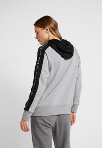 Under Armour - RIVAL GRAPHIC HOODIE NOVELTY - Hoodie - grey - 2