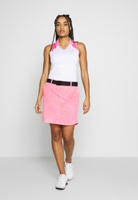Under Armour - LINKS PRINTED SKORT - Gonna sportivo - lipstick/mod gray/beta - 1