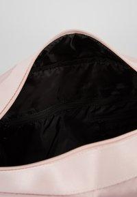 Under Armour - ESSENTIALS DUFFEL - Sports bag - dash pink/black - 5