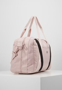 Under Armour - ESSENTIALS DUFFEL - Sports bag - dash pink/black - 4
