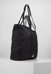 Under Armour - WOMEN'S FAVORITE TOTE 2.0 - Sports bag - black /onyx white - 4