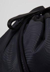 Under Armour - MEGA TOTE SET - Sports bag - black - 7