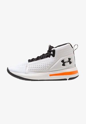 TORCH - Zapatillas de baloncesto - white/black