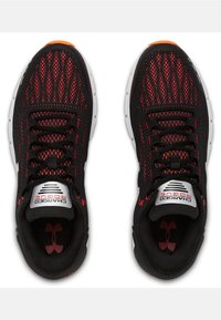 Under Armour - CHARGED ROGUE - Neutral running shoes - black - 1
