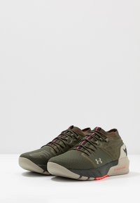 Under Armour - PROJECT ROCK 2 - Kuntoilukengät - guardian green/sandy brown/black - 2