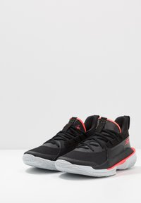 Under Armour - CURRY 7 - Indoorskor - black/pitch gray - 2