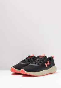 Under Armour - CHARGED WILL - Chaussures de running neutres - black/range khaki/beta red - 2