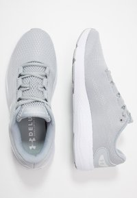 Under Armour - CHARGED PURSUIT 2 - Zapatillas de running neutras - mod gray/white - 1