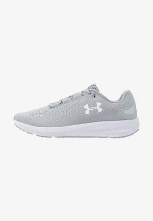 CHARGED PURSUIT 2 - Obuwie do biegania treningowe - mod gray/white