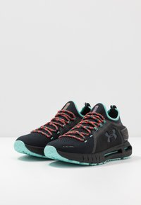 Under Armour - HOVR PHANTOM SE TREK - Scarpe running neutre - black/radial turquoise/black - 2