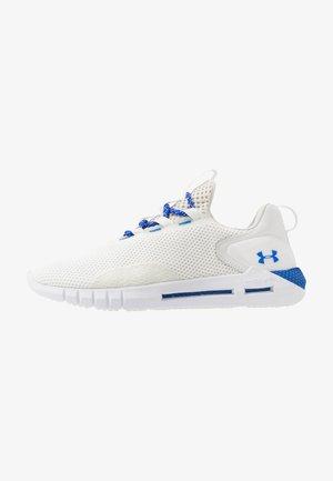 HOVR STRT - Neutrale løbesko - onyx white/white/versa blue