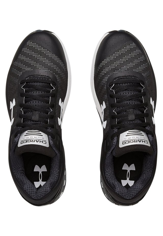 UA CHARGED EUROPA 2 - Neutral running shoes - black