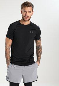 Under Armour - MK-1 TRAININGSSHIRT HERREN - T-shirt basique - black - 0