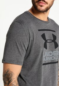 Under Armour - FOUNDATION - T-shirt imprimé - charcoal medium heather/graphite/black - 4