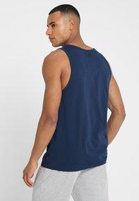 Under Armour - SPORTSTYLE LOGO TANK - Sports shirt - academy/white - 2