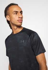Under Armour - TECH 2.0  - T-shirt con stampa - black/pitch gray - 3