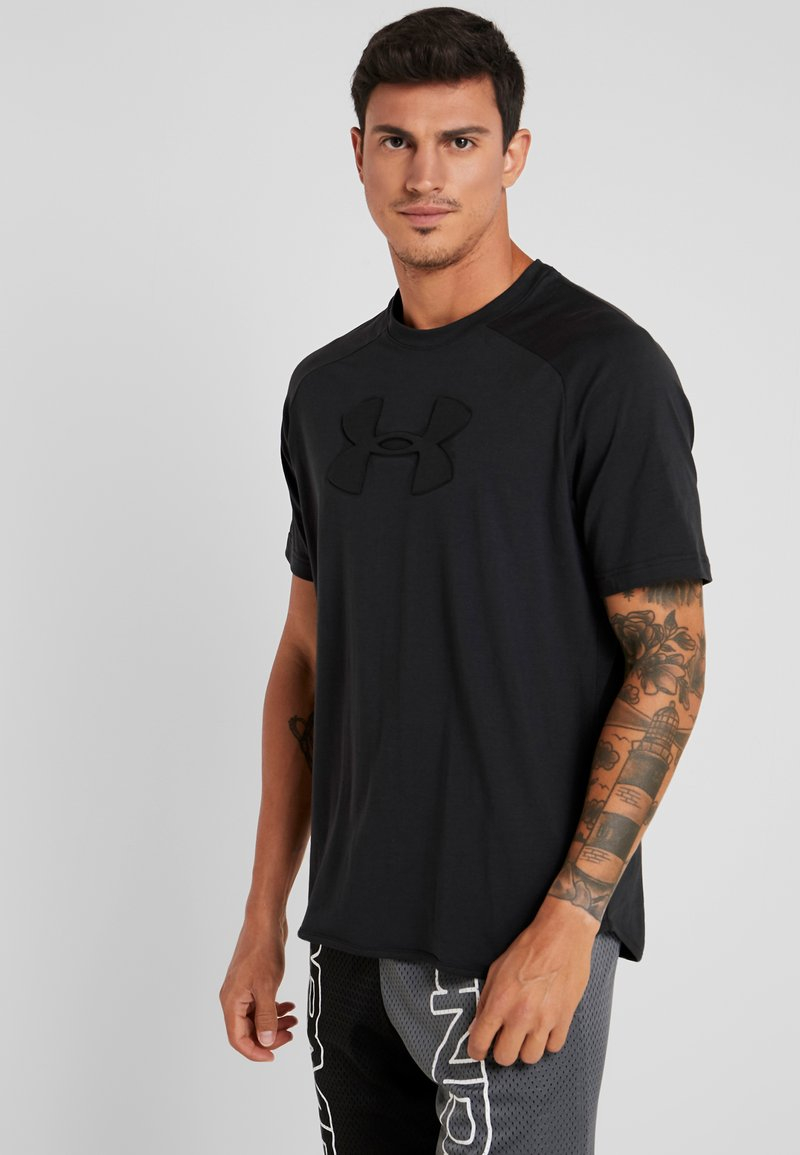 Under Armour - UNSTOPPABLE MOVE TEE - Triko s potiskem - black