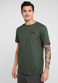 Under Armour - SPORTSTYLE BACK TEE - T-shirts print - baroque green/black - 0