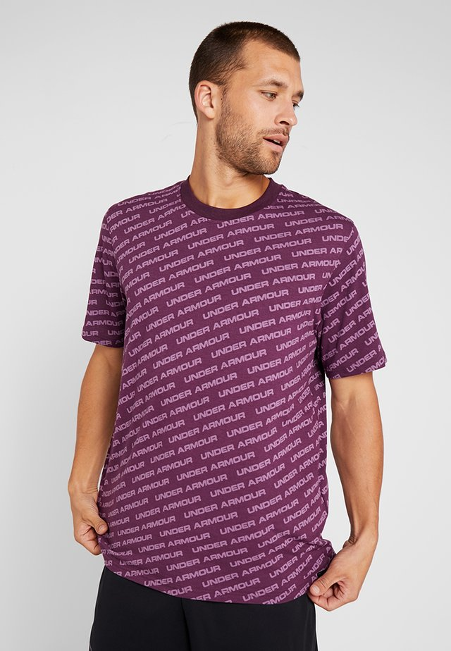 UNSTOPPABLE WORDMARK TEE - T-shirt con stampa - kinetic purple