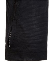 Under Armour - STREAKER - Sports shirt - black - 2