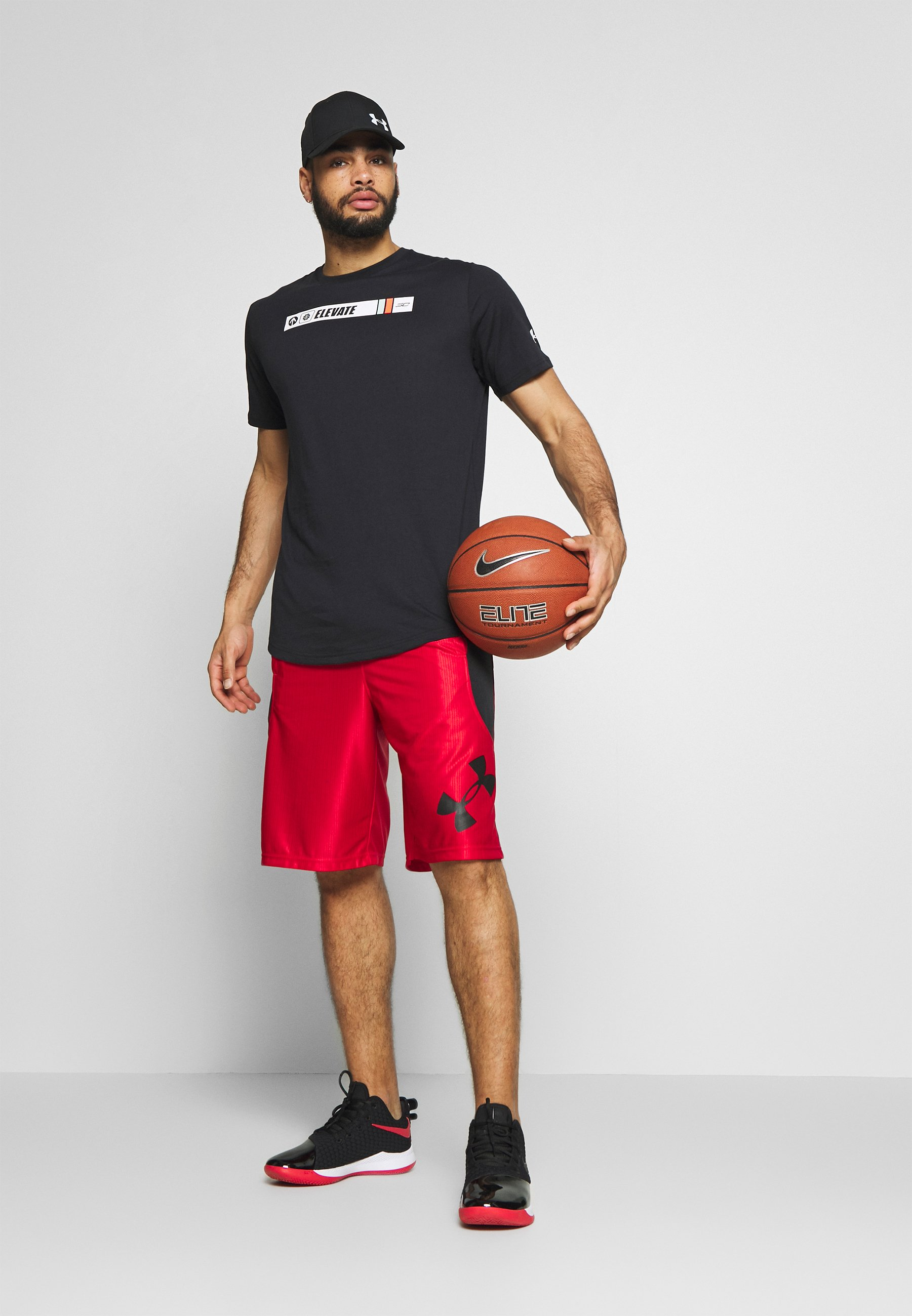 Under Armour TEE - T-shirt con stampa - black/white/gravity green
