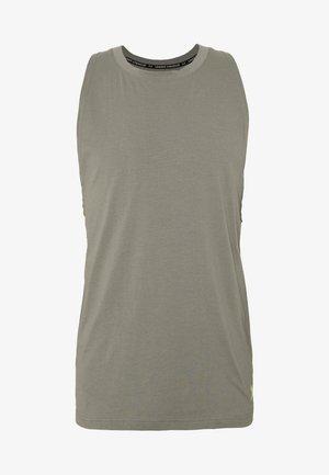 UA BASELINE  - Sports shirt - gravity green/x ray