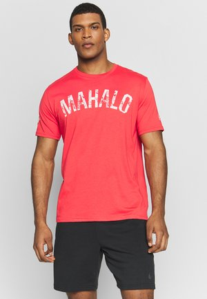 PROJECT ROCK MAHALO - T-shirt imprimé - versa red/summit white